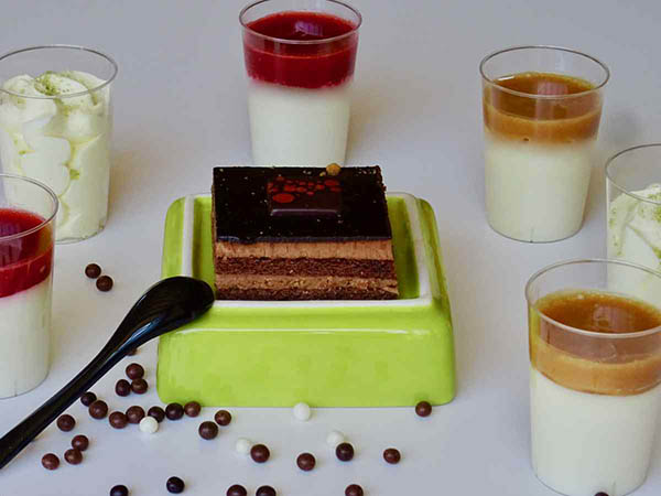 Duo gâteau au chocolat pour les mariages et les cocktails
